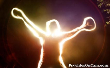 What is an Aura? Learn About Auras and Their Meanings