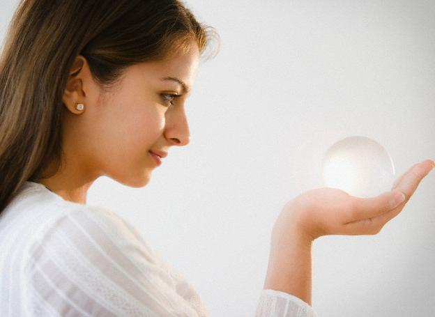 Clairvoyant Cams Can Help with Your Questions